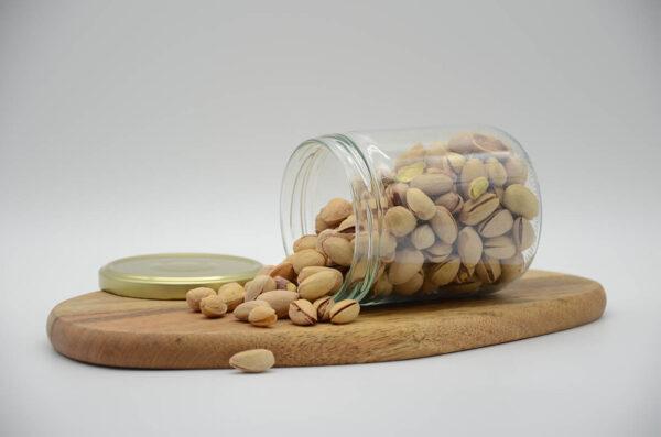 Bocal de pistaches grillées et salées bio